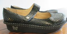 For sale in our Ebay store....click photo to see full details.  ALEGRIA Paloma Black Snake Mary Jane PAL-701 EU 40 US 10 Comfort Rocker Shoe  #Alegria #MaryJanes #shoe #fashion #black #snake #reptile #nursing #work #backtoschool #footsmart #orthopedic