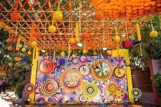 Mela theme colorful mehndi sangeet wedding photography ahmedabad mela themed colorful mehndi sangeet wedding photography ahmedabad junglespirit Images