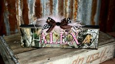 diy camo decorations this camouflage weddings are hunting couple won their camo wedding Hunting Couple, Hunting Camo, Camo Wedding Decorations, Camouflage Wedding, Wedding Designs, Wedding Ideas, Diy Wedding, Wedding Reception, Wedding Photos