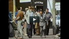 Original VHS video clip from Only Fools and Horses 1989 Xmas Special The Jolly Boys Outing. Del Boy and the gang head off down to Margate for their annual beano,… Only Fools And Horses, Comedy Tv, Video Clip, The Fool, Drama, Sketch, Xmas, Random, Fictional Characters