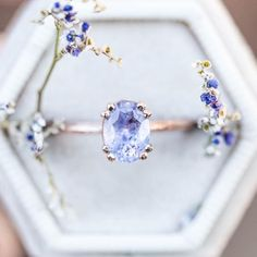 Pear Sapphire Engagement Ring Set Two Tone Gold Floral Rings Blue Sapphire Ring with Matching Diamond Band - Fine Jewelry Ideas Cute Rings, Pretty Rings, Beautiful Rings, Cute Jewelry, Jewelry Rings, Jewelry Accessories, Jewlery, Gold Jewelry, Diamond Jewelry