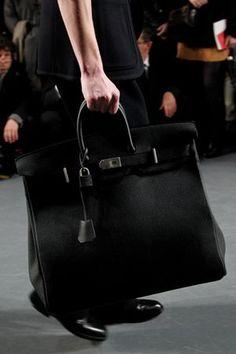 le sac Haut à Courroies d'Hermès, pour homme !