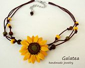 Sunflower necklace yellow flowers jewelry sunflower boho leather necklace floral statement jewelry summer bridesmaid sunflower bohemian DIY necklaces for summer - pretty designsHey girls! Body Jewelry Shop, Mom Jewelry, Cute Jewelry, Jewelry Gifts, Handmade Jewelry, Unique Jewelry, Jewellery Shops, Sunflower Necklace, Sunflower Jewelry
