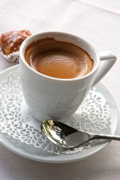 1 Октября - Международный День Кофе. Ароматный и терпкий напиток, который всегда в центре внимания