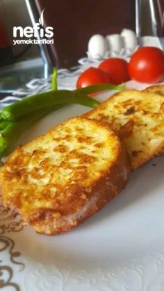 Melkbrood met eieren - Food & Drink The Most Delicious Desserts – Culture Trip Easy Casserole Recipes, Sweet Potato Casserole, A Food, Food And Drink, Perfect Baked Potato, Baked Fish Fillet, Herb Stuffing, Cozy Meals, Sweet Potato Noodles