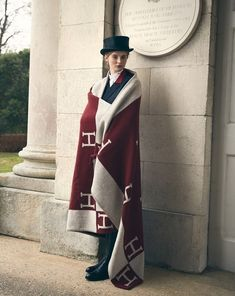 www.pegasebuzz.com | Richard Phibbs for Town & Country : Hermès Style. Hermes Home, Hermes Paris, Equestrian Chic, Horse Fashion, Town And Country, Autumn Winter Fashion, Winter Style, Preppy, Fashion Photography