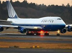 united airlines boeing 747-400 | united airlines 747 400 american airlines md 88 british airways