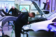 AMSTERDAM, 03-Nov-2017 — /EuropaWire/ —Customers at automotive body repair shops can now save time and money thanks to an industry first digital solut