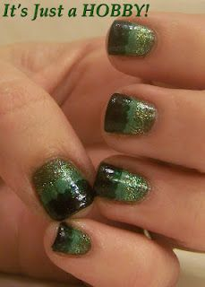 Dotted green gradient