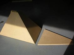 Sand Blaster How To Make Sand, Sandblasting Cabinet, Garage Workshop, Halle, Hobbies, Creations, Wall Lights, Diy, Home Decor