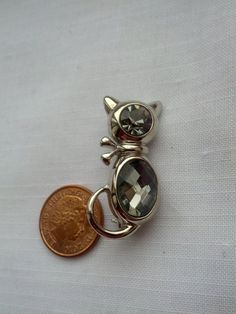 Silver Tone Cat Brooch with Faceted Glass by WestbourneGoods #cat #pin #brooch