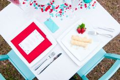 Valentines Day Dinner Date Inspiration Aqua and Red 18