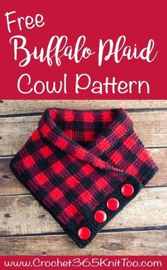 "I""m in love with this Crochet Buffalo Plaid Cowl 