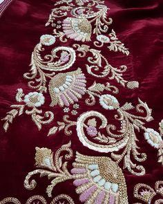 No photo description available. Zardosi Embroidery, Hand Embroidery Dress, Couture Embroidery, Embroidery Motifs, Embroidery Suits, Embroidered Clothes, Beaded Embroidery, Indian Embroidery, Hand Work Blouse Design