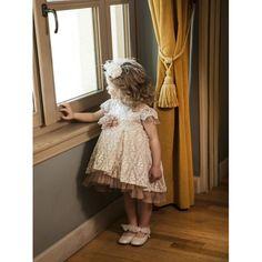 Βαπτιστικό φόρεμα Dolce Bambini από λουλουδάτη δαντέλα με παγιέτες οικονομικό, Επώνυμα βαπτιστικά ρούχα για κορίτσι τιμές, Dolce Bambini βαπτιστικά φορέματα προσφορά, Φόρεμα βάπτισης νέες παραλαβές eshop