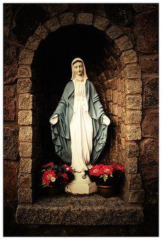 Holy Mother by sebastian.partyka, via Flickr Grotto Design, Garden Pond Design, Altar Design, Prayer Garden, Christian Images, Mama Mary, Home Altar, Holy Mary, Catholic Art
