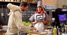 [VIDEO] Daphné Bürki cuisine en costume requin des Recettes Pompettes