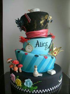 Festa de 15 anos da Alice no País das Maravilhas