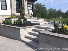 Front Porch Stairs, Front Yard Walkway, Front House Landscaping, Backyard Landscaping, Deck Enclosures, Ceiling Design Living Room, Outdoor Stairs, Garden Steps, Modern Garden Design