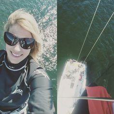 Bowgirl on top of the world! Up the mast on #frequentflyer  #bowgirl #sailorgirl #sailing #racing #regatta #climbing #heights #longislandsound #sailor #sailorchick #sailboat #mast #skywalk #bowchick #foredeck #foredeckunion #flyer #highplaces #rigger #rigging #topoftheworld #fearless #nofear #climber #girlpower #westchester #yachtlife #yacht #sailinstagram by harborhotness