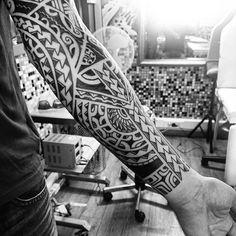 Hawaiian Tribal Sleeve Tattoo Design #marquesantattoosdesigns