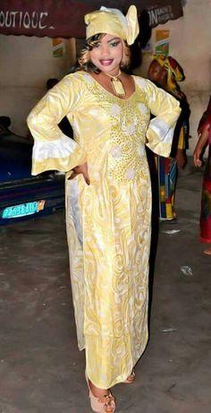 Mali fashion bazin brodé #Malifashion #bazin #malianwomenarebeautiful #dimancheabamako