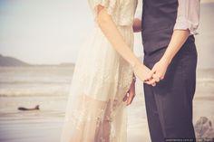 Quando se aproxima a data do casamento o nervosismo está à flor da pele e às vezes dizemos coisas que sem que a gente se dê conta podem ferir o outro. Essas são algumas delas. #casamentoscombr #casamentos #casamentosbrasil #wedding #bride #noivas #dicas #casal