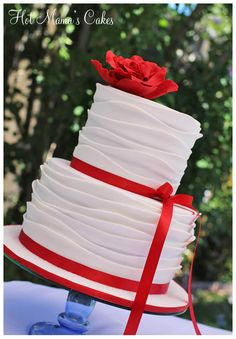 White and Red Rose Wedding - Ruffles were made using Royal Bakerys Wave technique. Much quicker method than the standard ruffles. Red Rose Wedding, Wedding Cake Roses, Wedding Cake Toppers, Gorgeous Cakes, Pretty Cakes, Amazing Cakes, Sweet 16, Red And White Weddings, Round Wedding Cakes