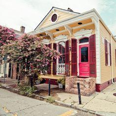 Shotgun house . French Quarter (New Orleans, Louisiana, United States)