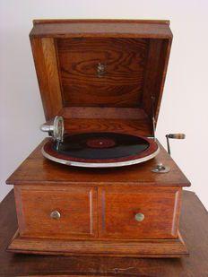 Grammofoon  Apollo Engeland 1920