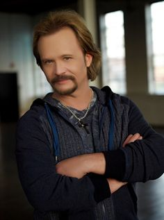 Travis Tritt, country singer Country Music Artists, Country Music Stars, Country Singers, Travis Tritt, Old English, Country Boys, My Hero, Musicals, My Love