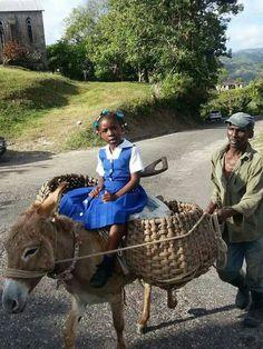 View Jamaica (Inna real life via FB/Tradmore Abooki. Jamaica History, Jamaica Travel, Jamaica Jamaica, Jamaica House, Haitian Art, Caribbean Art, My Black Is Beautiful, Beautiful People, People Of The World