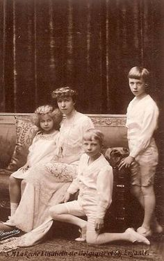 Elisabeth of Belgium with her children, Marie Jose, Charles and Leopold