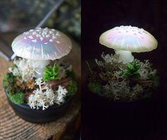 MADE TO ORDER - Mushrooms - mushroom lamp - fungi light iridescence - magic light - fairy decor - glowing - toadstool sculpture - cromatic Mushroom Decor, Color Swirl, Handmade Lamps, Make A Gift, Cold Porcelain, Fungi, Night Light, Biodegradable Products, Iridescent