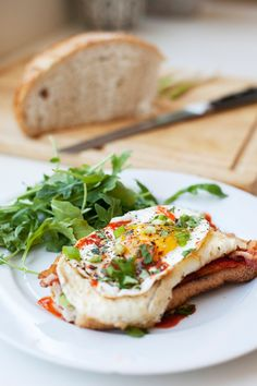 Sourdough Egg Toast with Sriracha and Roasted Red Pepper Spread - Lillie Eats and Tells Fried Egg On Toast, Egg Toast, Fried Eggs, Fried Egg Recipes, Healthy Recipes, Brunch Recipes, Breakfast Recipes, Breakfast Toast, Breakfast Sandwiches