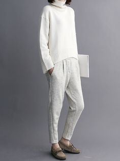 Pullover + tapered casual pant