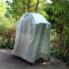 In letzter Zeit gab es hier viele kleine Nähwerke. Irgendwo dazwischen habe ich aber auch etwasrichtig großes genäht - quasi ein Zelt, das...