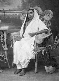 Vedanta Society of So. Mother Kali, Mother India, Divine Mother, Indian Saints, Saints Of India, Body Painting Festival, Kali Hindu, Swami Samarth, Hindu Statues