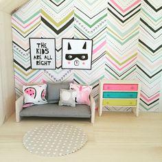 IKEA Flisat hack, 1:12 scale, Modern miniatures dollhouse DIY furniture follow me on Instagram @onebrownbear