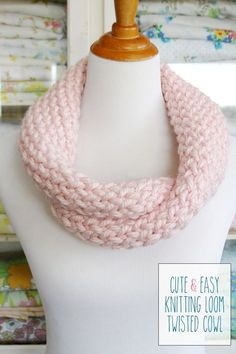 Cute and Easy Knitting Loom Twisted Cowl