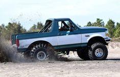 our random crap — 1966 Chevelle in Nassau Blue. 1966 Chevelle, Nassau, Muscle Cars, Vintage Cars, Classic Cars, Monster Trucks, Random, Vehicles, Blue