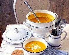 16 βελούδινες σούπες για τα κρύα και όχι μόνο - www.olivemagazine.gr Fun Cooking, Greek Recipes, Food Menu, Fondue, Food And Drink, Cheese, Ethnic Recipes, Kitchen, Cooking