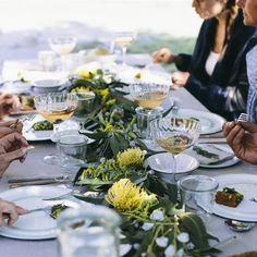 Por más creativos que seamos, a estas alturas de las fiestas es fácil quedarse sin ideas para la cena de fin de año. ¡Inspírate! Table Settings, Gastronomia, Recipes For Dinner, Best Recipes, End Of Year, Vegans, Dinners, Parties, Navidad