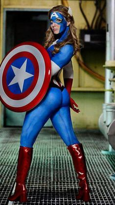 Body paint Capt. America/ I would love to paint one of my friends like this