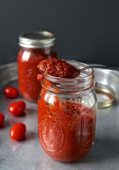 Paleo Whole30 Ketchup- naturally sweetened and packed with flavor! #paleo #whole30