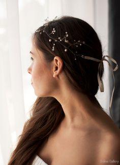 Dainty boho bridal hair vine with pearls and beaded twigs – Maria Felea Boho Bridal Hair, Bridal Hair Vine, Hair Up Or Down, Swarovski Pearls, Up Hairstyles, Halo, Vines, Feminine, Hair Styles