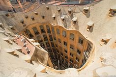 La Pedrera, a modernist house was built between 1906 and 1910 in Barcelona, Spain -via Marvelous