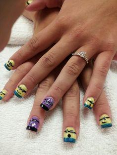 Minions- nail art 2 like this but wants a little girl to Dream Nails, Love Nails, My Nails, Minion Nail Art, Bee Do, New Things To Try, Disney Nails, Pretty Nail Art, Nail Envy