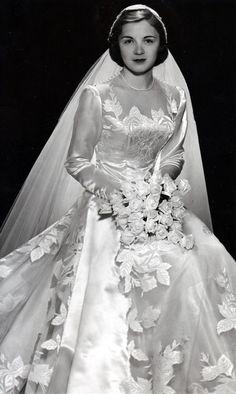 1951 bride I absolutely love the 1950s for fashion....even the brides!