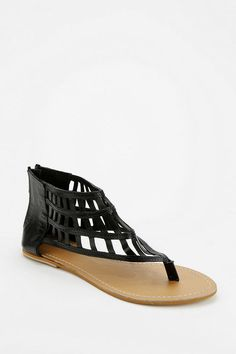 Urban Outfitters - Ecote Lattice Back-Zip Thong Sandal